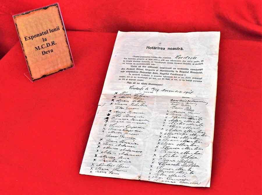 """Exponatul lunii"" la MCDR Deva: un document al Unirii"