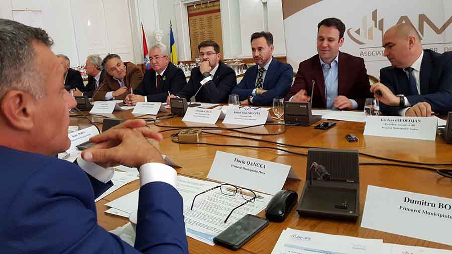 Primarii solicită o întâlnire cu premierul Viorica Dăncilă, privind Legea bugetului de stat