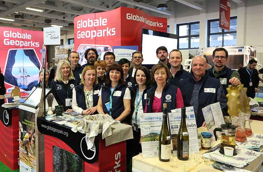 Geoparcul Dinozaurilor, prezent pentru prima dată la Târgul Internațional de Turism de la Berlin