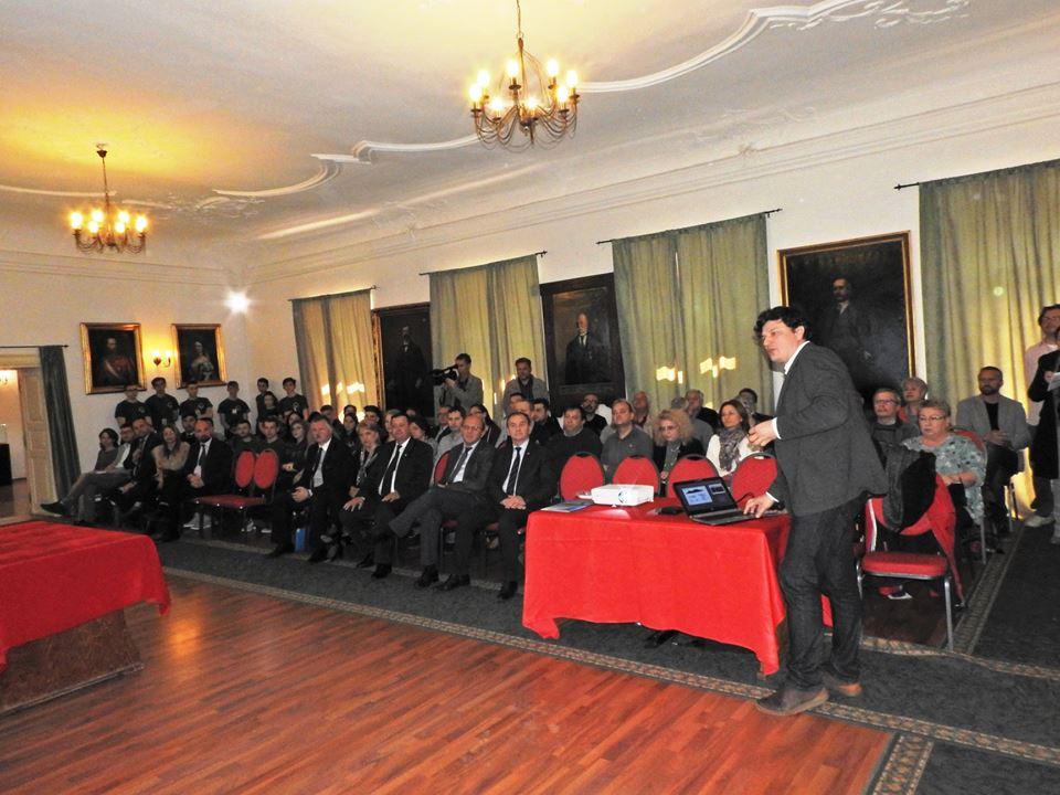 Mega-proiectul de restaurare a cetăţii dacice Sarmizegetusa Regia, prezentat la Deva