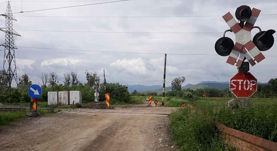 Trafic rutier închis pe strada Valea Cernei din Sântuhalm
