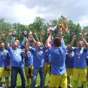 Premii pentru Măgura Pui, campioana Ligii a -V-a. Echipa de fotbal a terminat neînvinsă sezonul