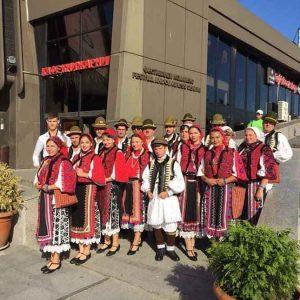 Dansurile și obiceiurile din Ținutul Pădurenilor, prezentate în Grecia de Ansamblul Leleșana