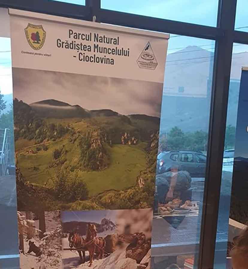 """Șezătoare în munții dacilor de """"Ziua Parcului Natural Grădiștea Muncelului Cioclovina"""""""