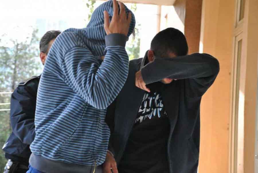 """Un bărbat din Călan, care se întorcea acasă ,,pe trei cărări"""", tâlhărit de doi tineri"""