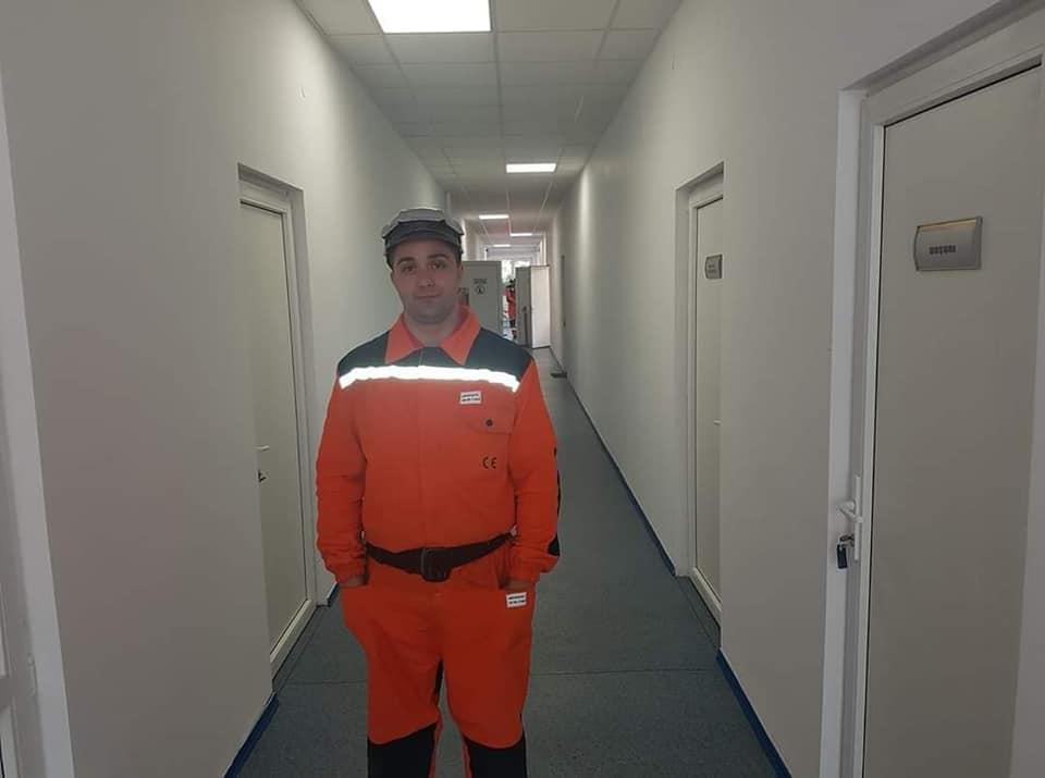Un salvator minier are nevoie de ajutorul semenilor