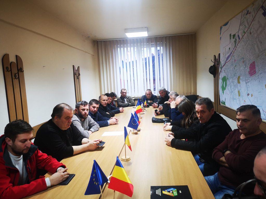 """Ședință la ALDE Hunedoara – """"Vom candida la alegerile locale sub sigla ALDE și vom avea candidați la funcția de primar în toate localitățile"""""""