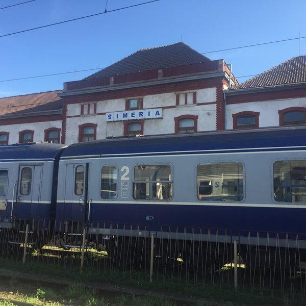 Probleme pe calea ferată, între Simeria și Orăștie. Trenurile, oprite temporar în stații