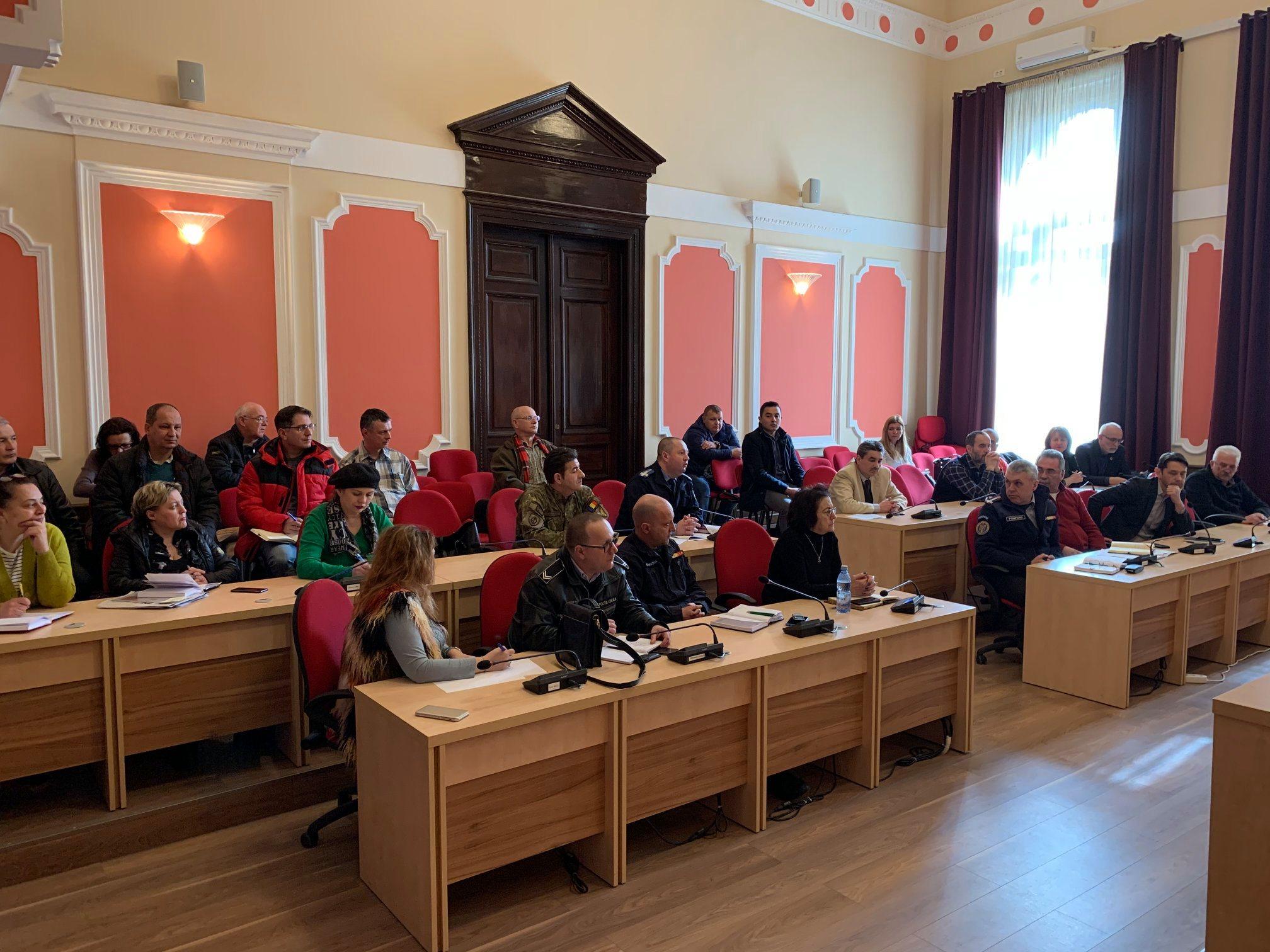 Noi măsuri anti-coronavirus, la Deva. Comitetul Local pentru Situații de Urgență – convocat astăzi