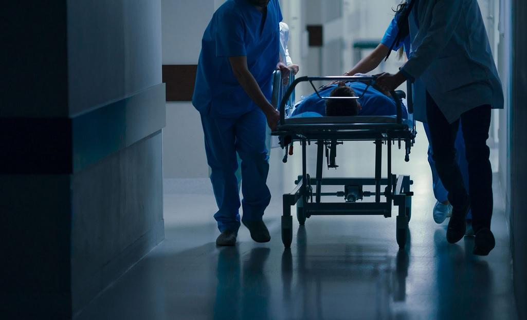 Brădeancă infectată cu coronavirus, decedată într-un spital non-Covid