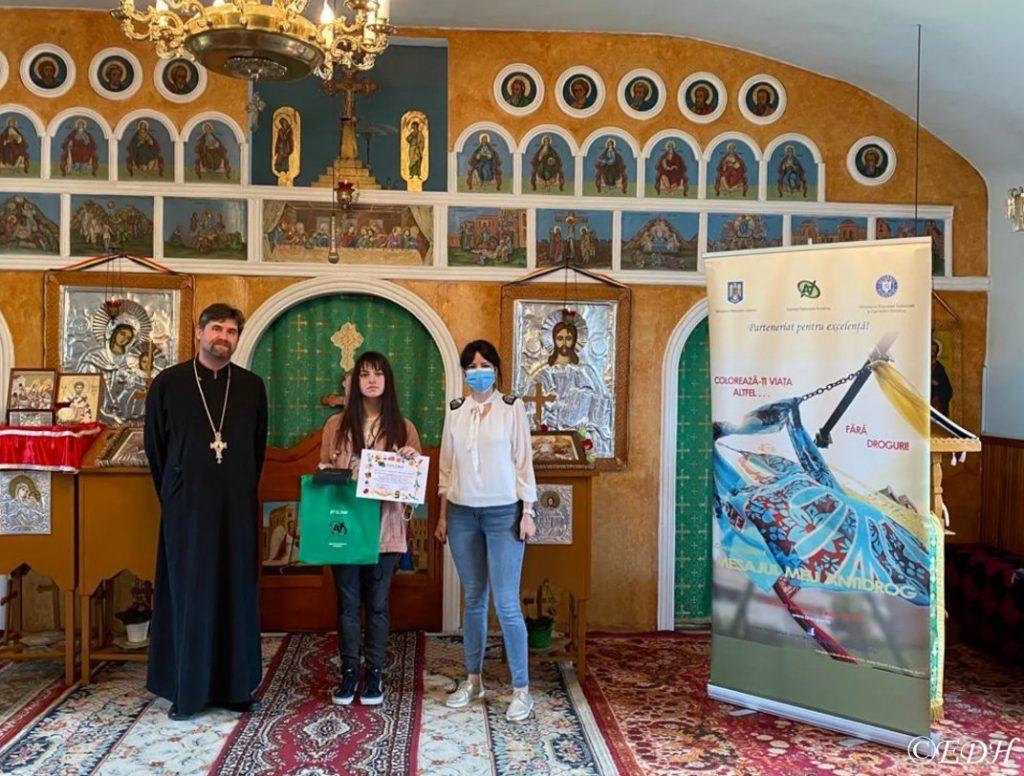 """, Episcopia Devei și Hunedoarei a premiat căștigătorii Concursului Național """"Mesajul meu antidrog"""""""