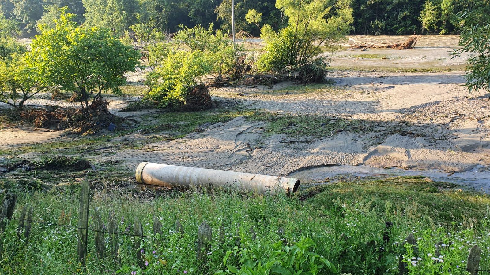 Se fac teste pentru a stabili dacă apa de la robinet este sau nu potabilă în Valea Jiului, în urma inundațiilor