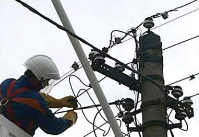 Actualizare: Întreruperi de energie electrică, programate în perioada 12-18 octombrie, în judeţul Hunedoara