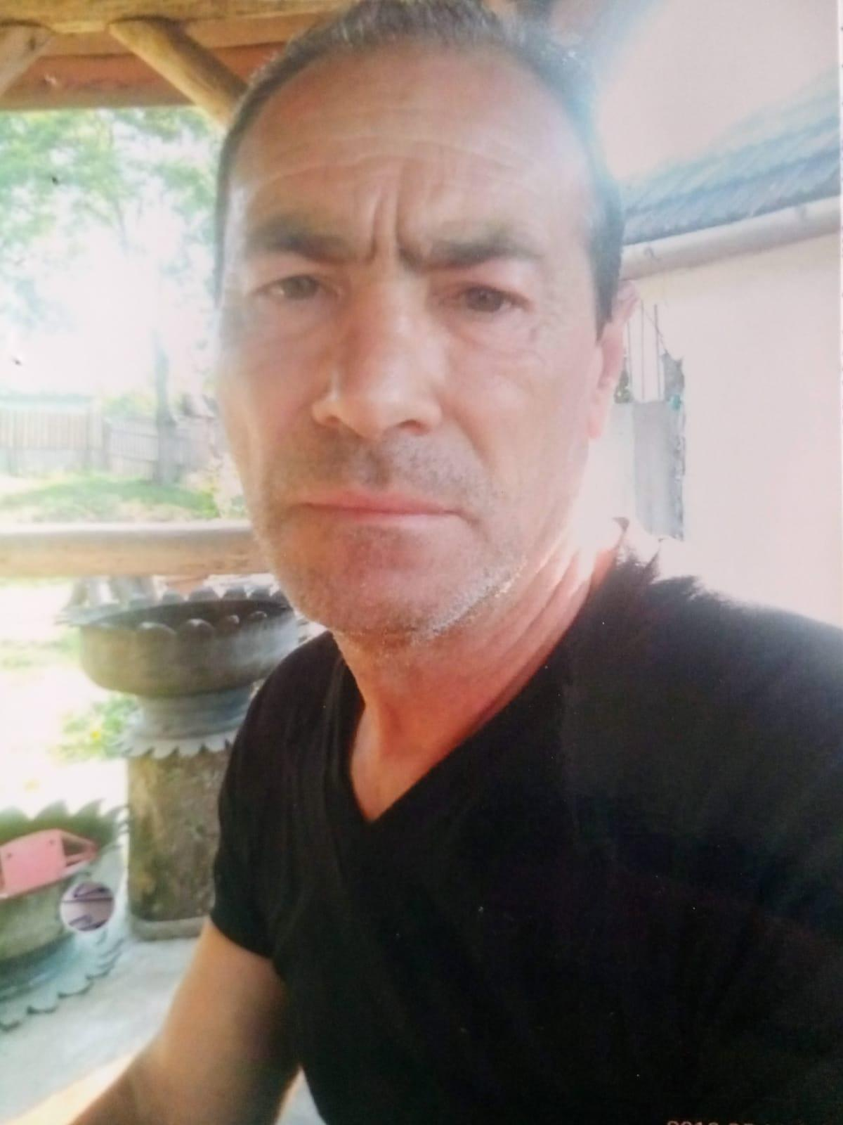 L-ați văzut? Hunedoreanul a plecat de la domiciliu în 20 iunie, iar acum este căutat de familie și polițiști