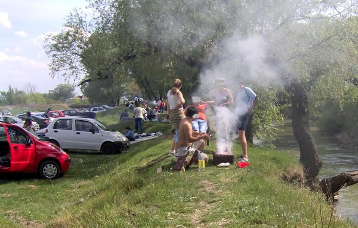 Garda de Mediu, cu ochii pe hunedorenii care nu respectă regulile de bun simț, la picnicurile în natură
