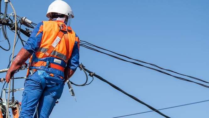 Întreruperi de energie electrică, programate în perioada 20 -26 septembrie, în județul Hunedoara