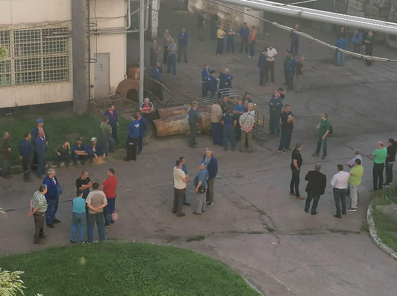 Protest spontan la Termocentrala Mintia. Angajații își cer drepturile salariale