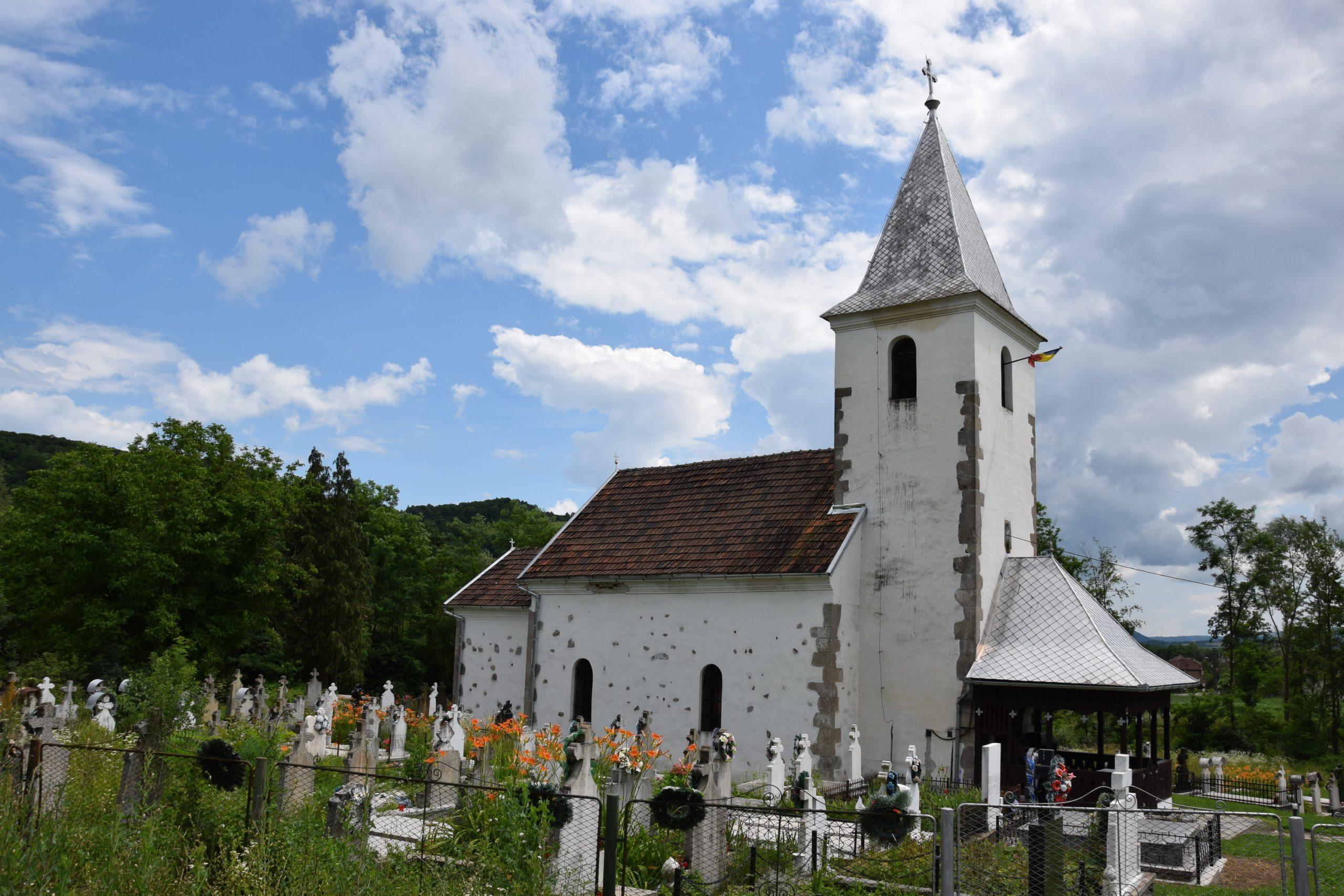 Un monument pe săptămână: Biserica de zid de la Ribița