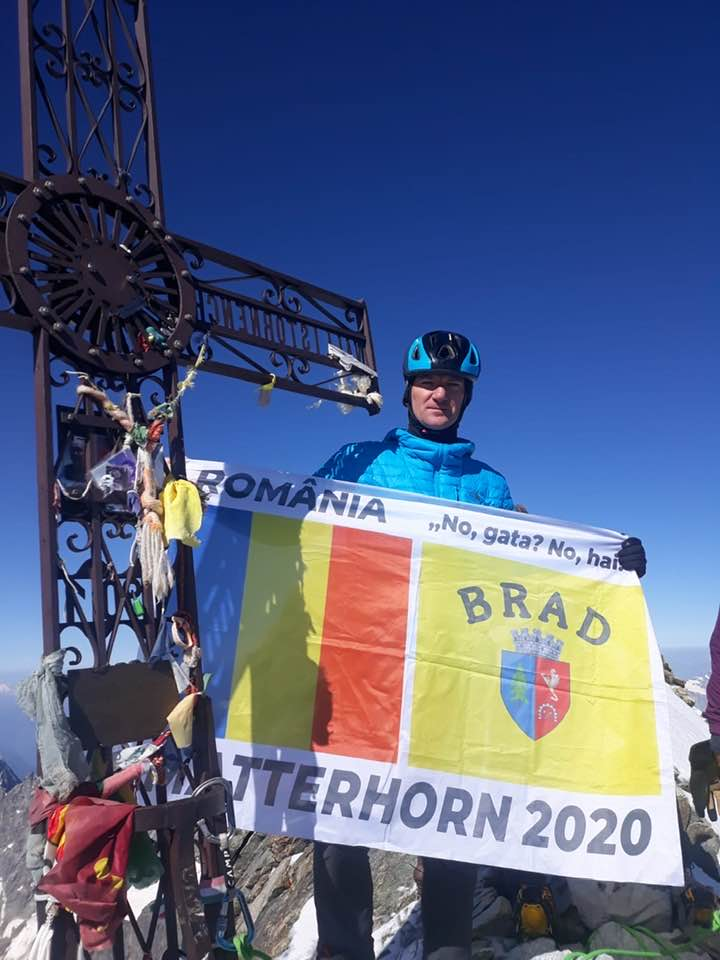 Performanță excepțională a brădeanului Radu Pavel! A reușit să cucerească cel mai periculos masiv montan din întregul lanț al munților Alpi