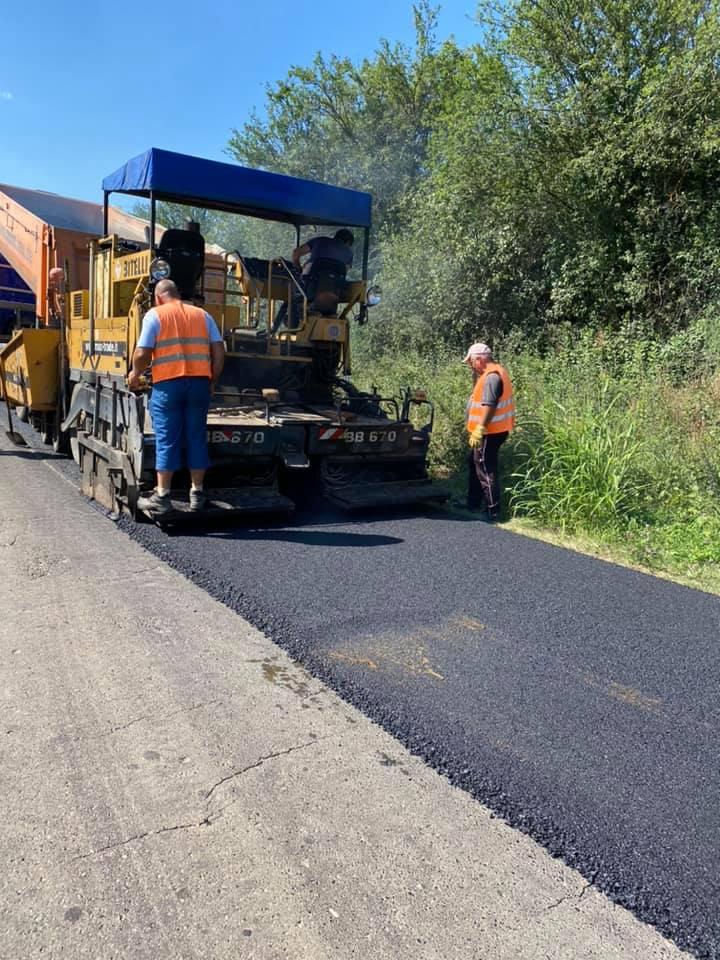 Drumul județean DJ 107A, din comuna Hărău, asfaltat