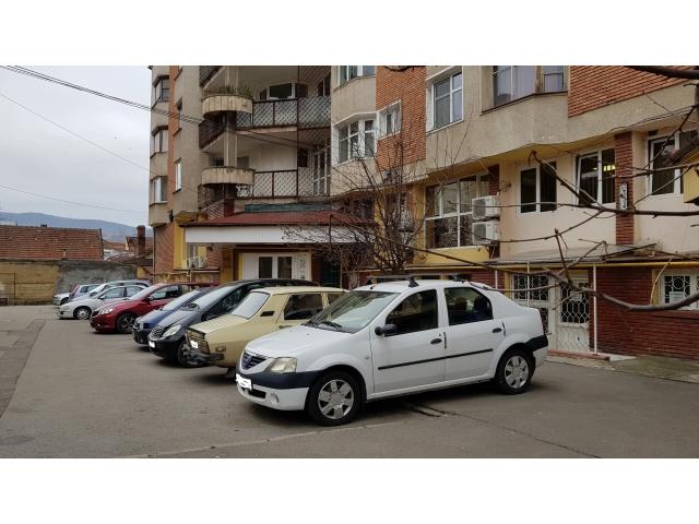 Contractele pentru parcările rezidențiale pot fi ridicate de către deveni