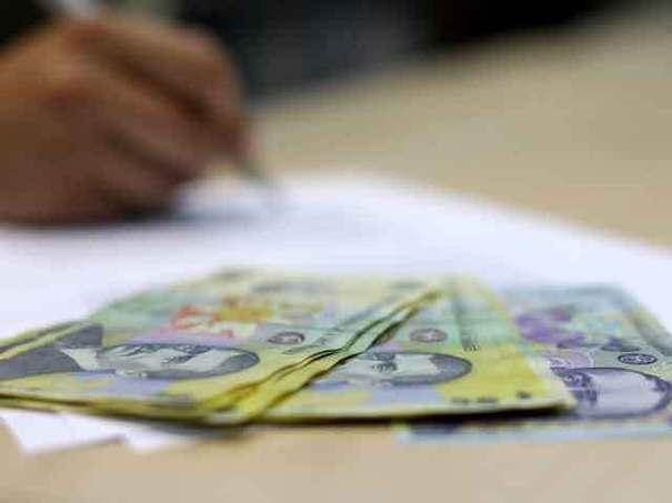 AJOFM face plățile către angajatorii hunedoreni, pentru cei peste 12.600 de angajați aflați în șomaj tehnic în perioada stării de urgență