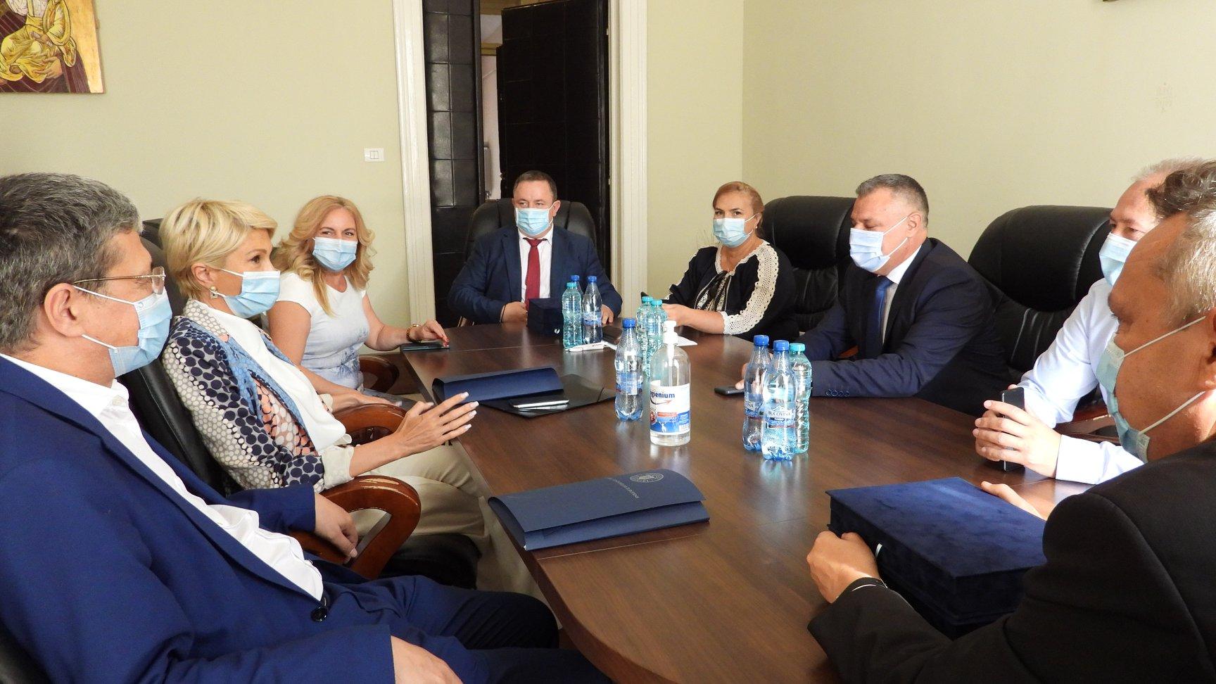 Vicepremierul României și ministrul Fondurilor Europene, prezenți la Deva