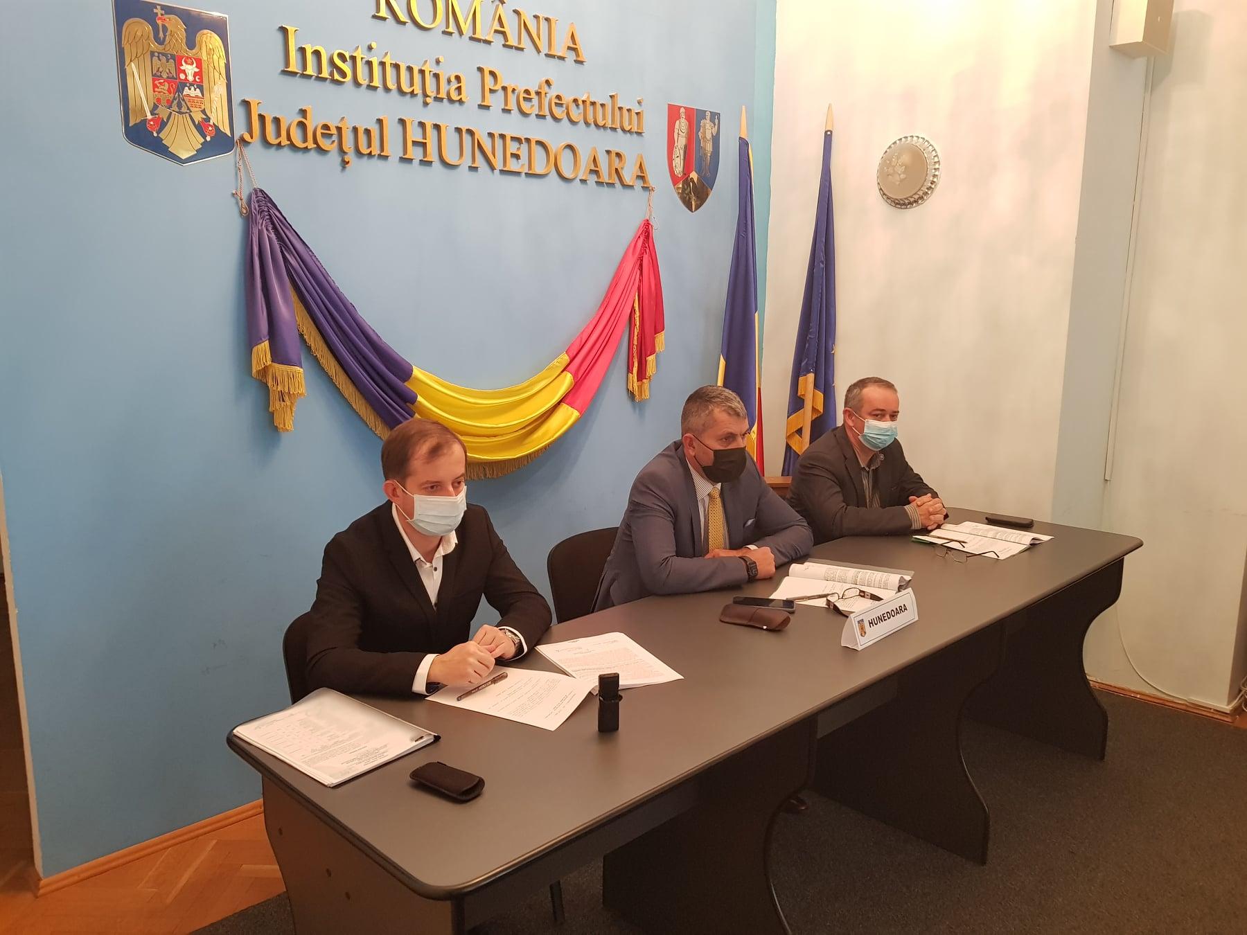 81 de solicitări, primite de la locuitori ai județului, pentru stabilirea dreptului de proprietate, validate