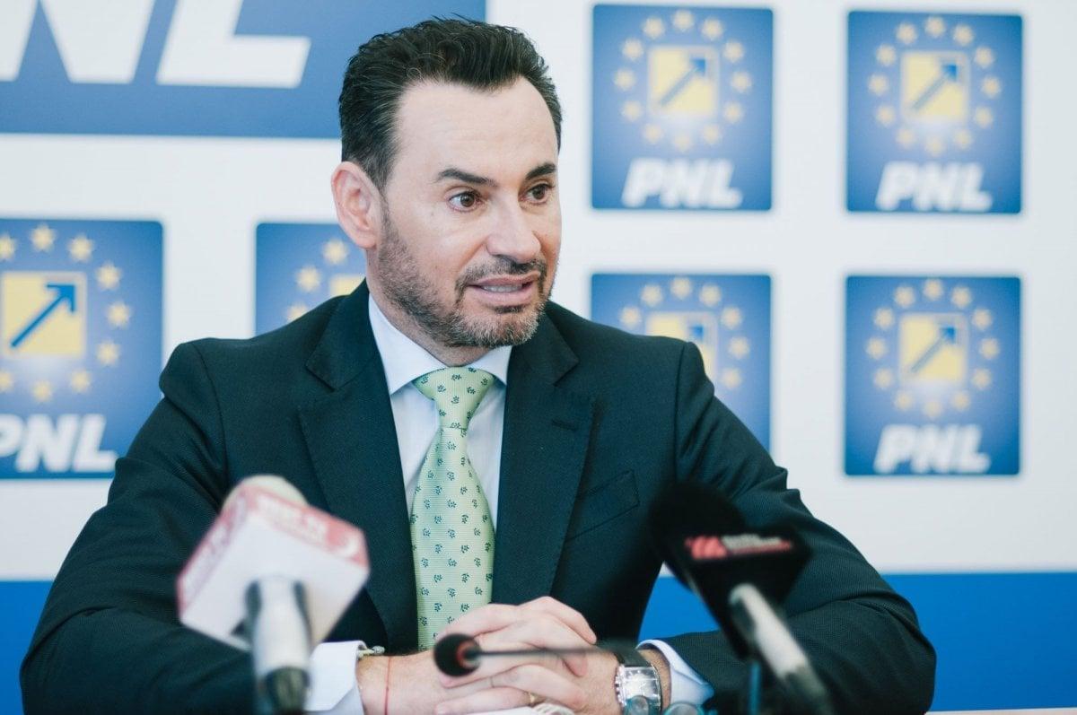 Gheorghe Falcă preia frâiele PNL Hunedoara? Europarlamentarul așteptat, vineri, la Deva
