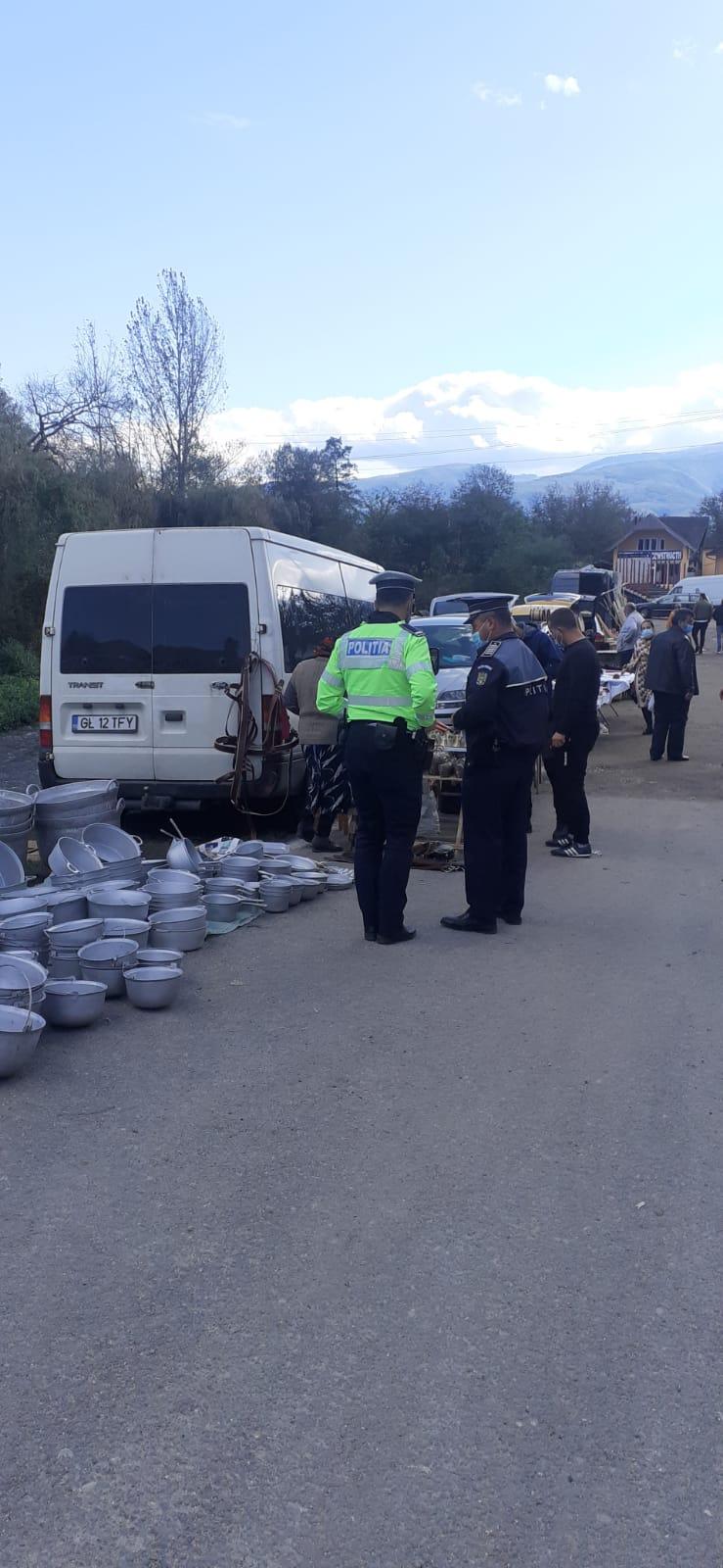 Amenzi de mii de lei aplicate, de polițiști, la târgul de la Pui