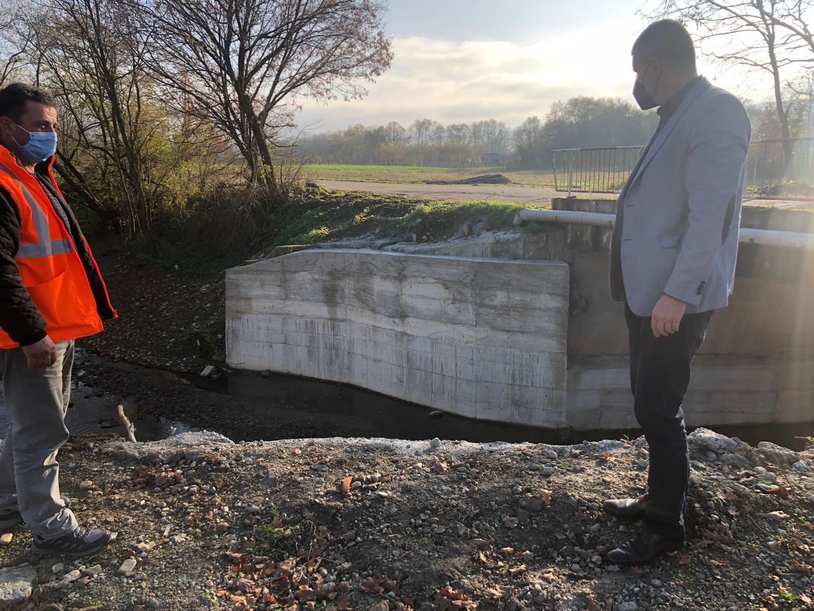 Controale în teren la lucrările efectuate din banii alocați de Guvern, în urma inundațiilor din acest an