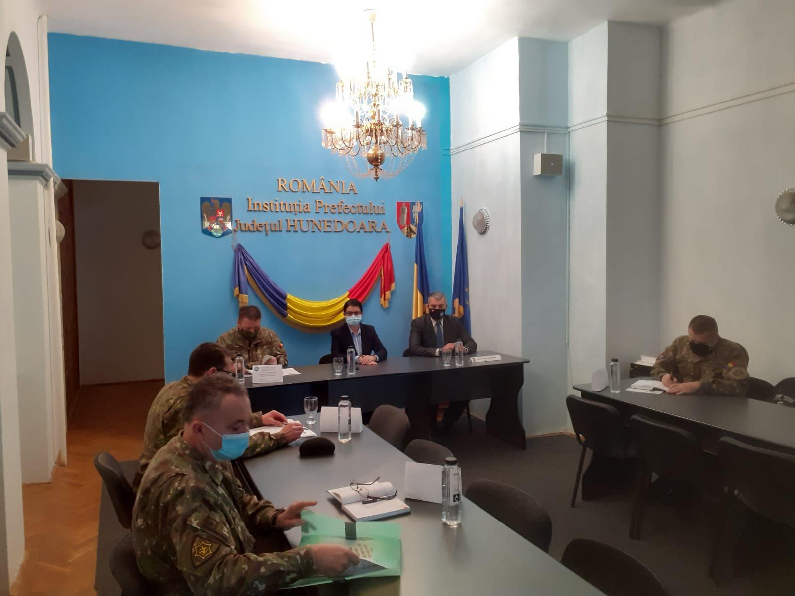 """Col. Narcis Cârmaci: """"Misiunile din anul 2020 ale militarilor hunedoreni au fost complexe"""""""