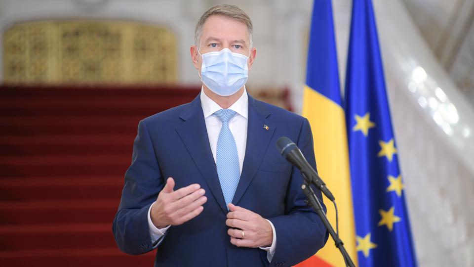 """Klaus Iohannis: """"Majoritatea şcolilor se redeschid din 8 februarie"""""""