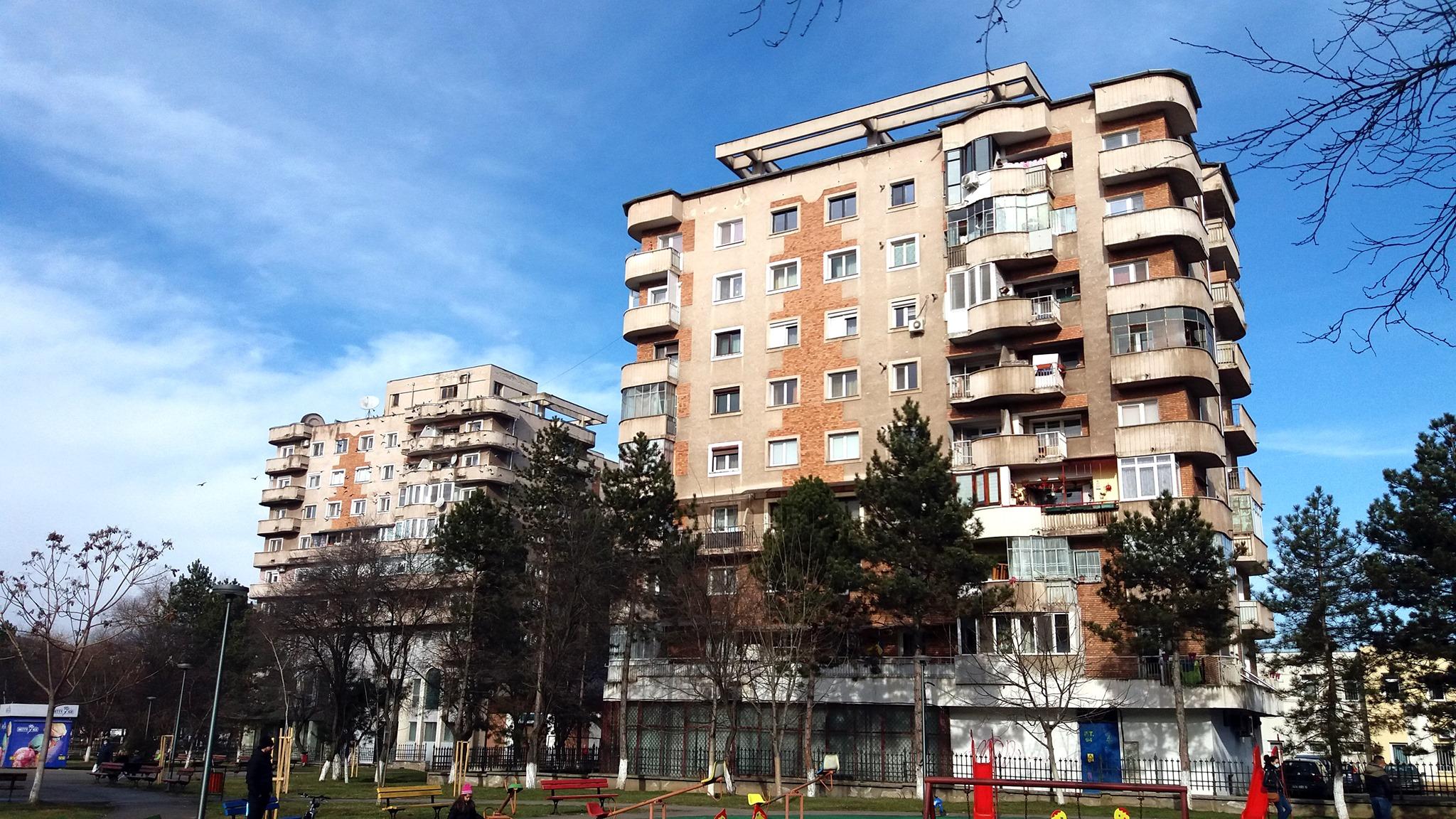 Încă patru blocuri din Hunedoara, reabilitate pe bani europeni