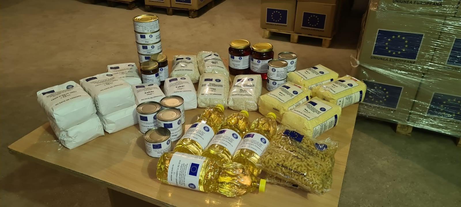 Hunedoara: Începe distribuirea pachetelor cu produse alimentare de la UE către beneficiarii de ajutoare sociale