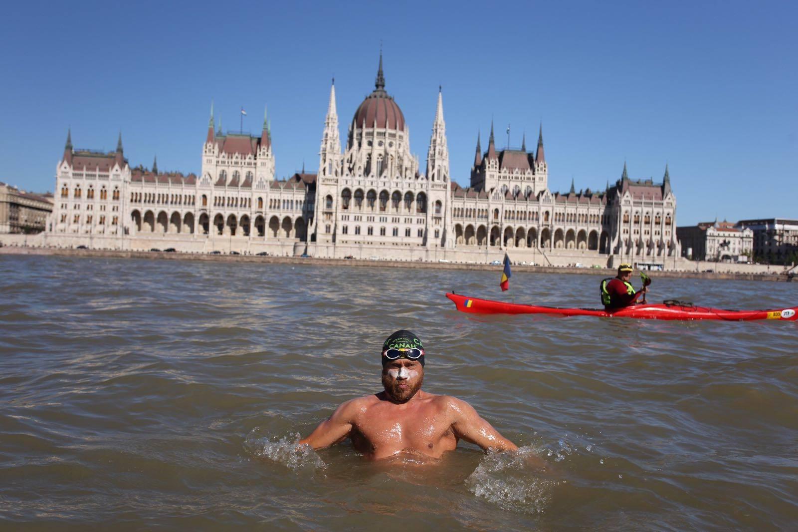 Polisportivul Avram Iancu pornește într-o nouă aventură. Va înota în Lacul Balaton de două ori (150 km) fără întrerupere
