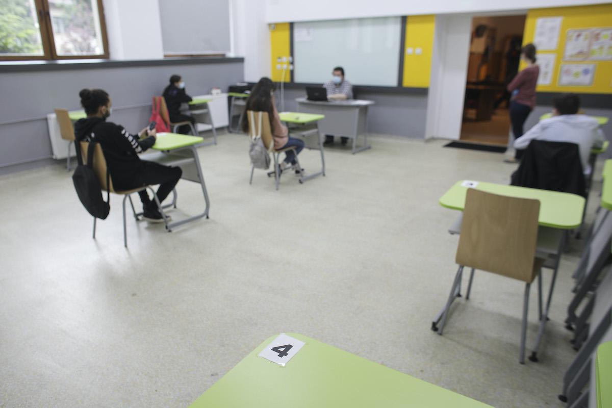 """""""Școala după școală"""", o nouă șansă pentru elevii care au rămas corigenți sau cu media neîncheiată"""