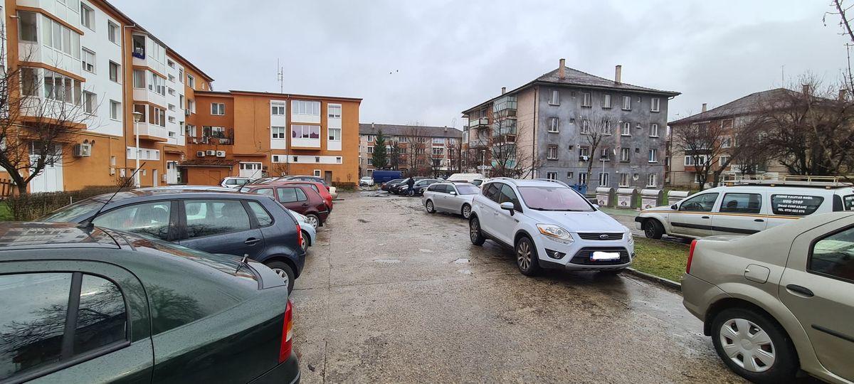 Începerea lucrărilor la parcarea din zona Teatru, din Hunedoara, amânată cu două zile