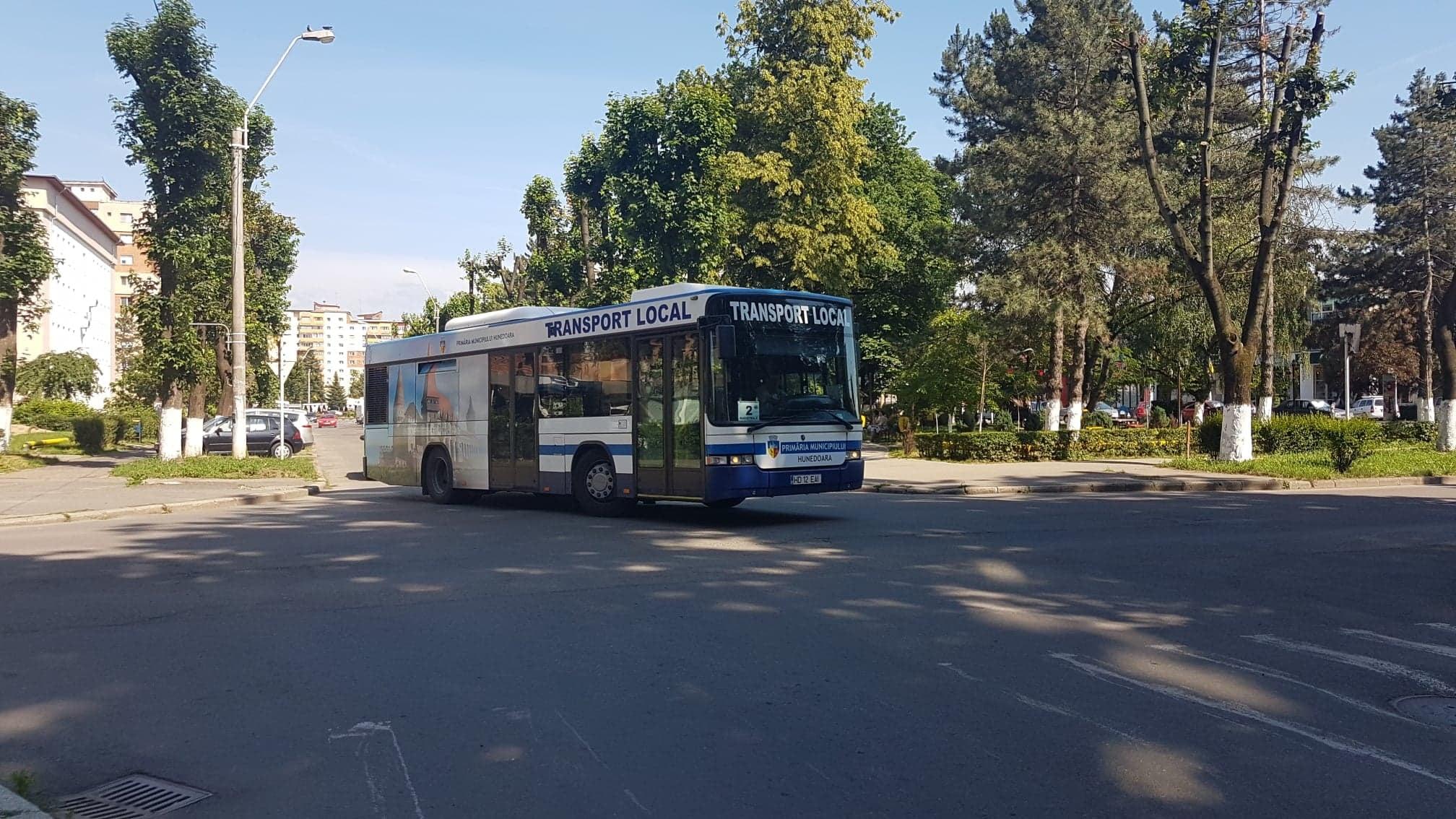 Hunedoara: Programul transportului public local în perioada sărbătorilor pascale
