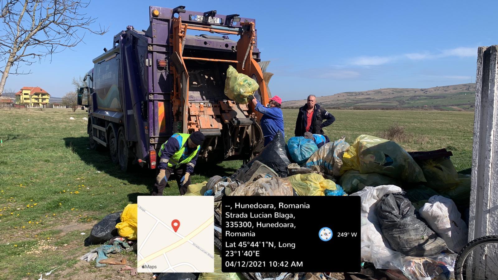 Cantitate imensă de deșeuri adunată de pe malurile râului Strei