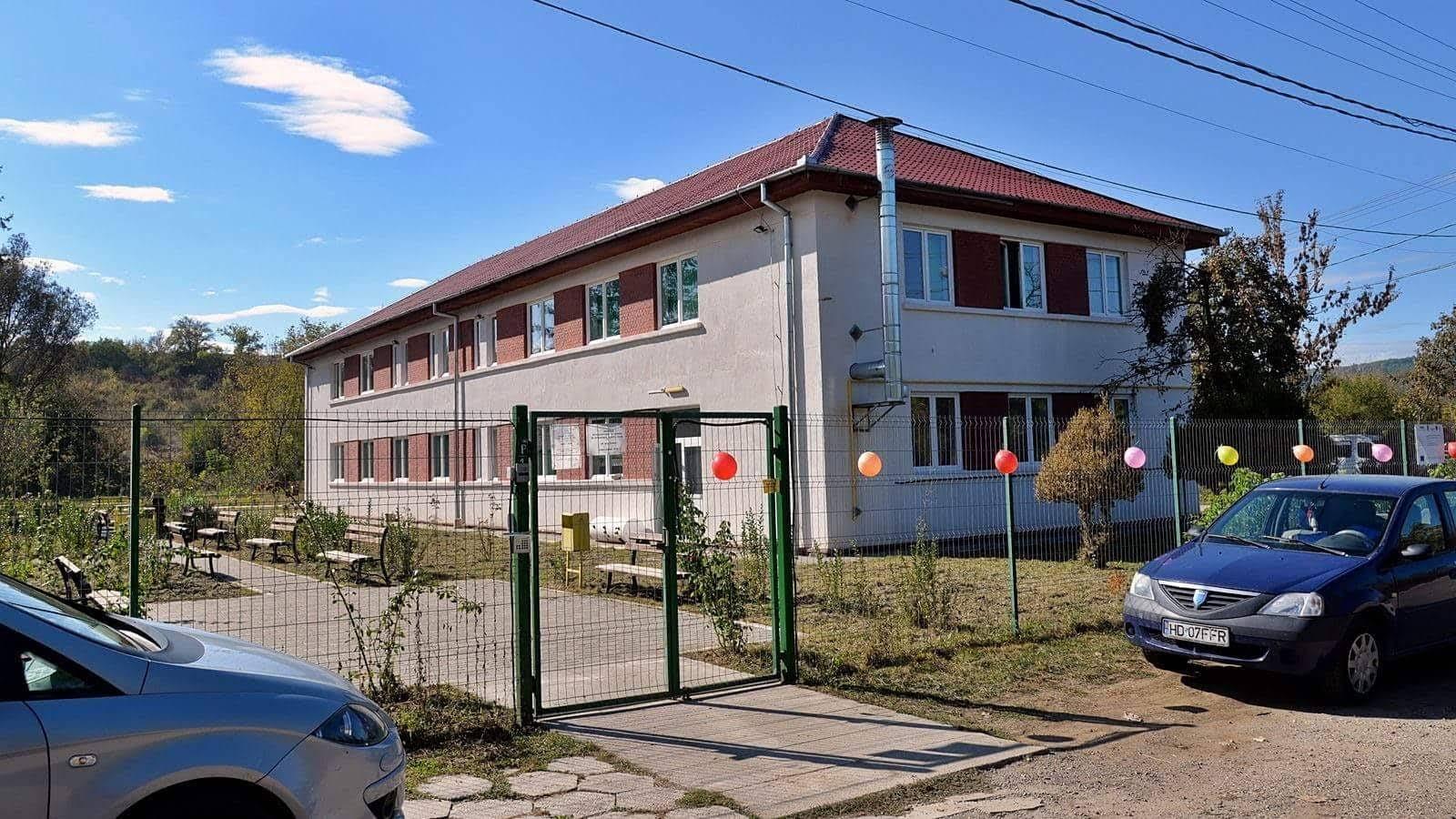 Mai multe locuri libere în Centrul Social Multifuncţional pentru Persoane Vârstnice din Hunedoara