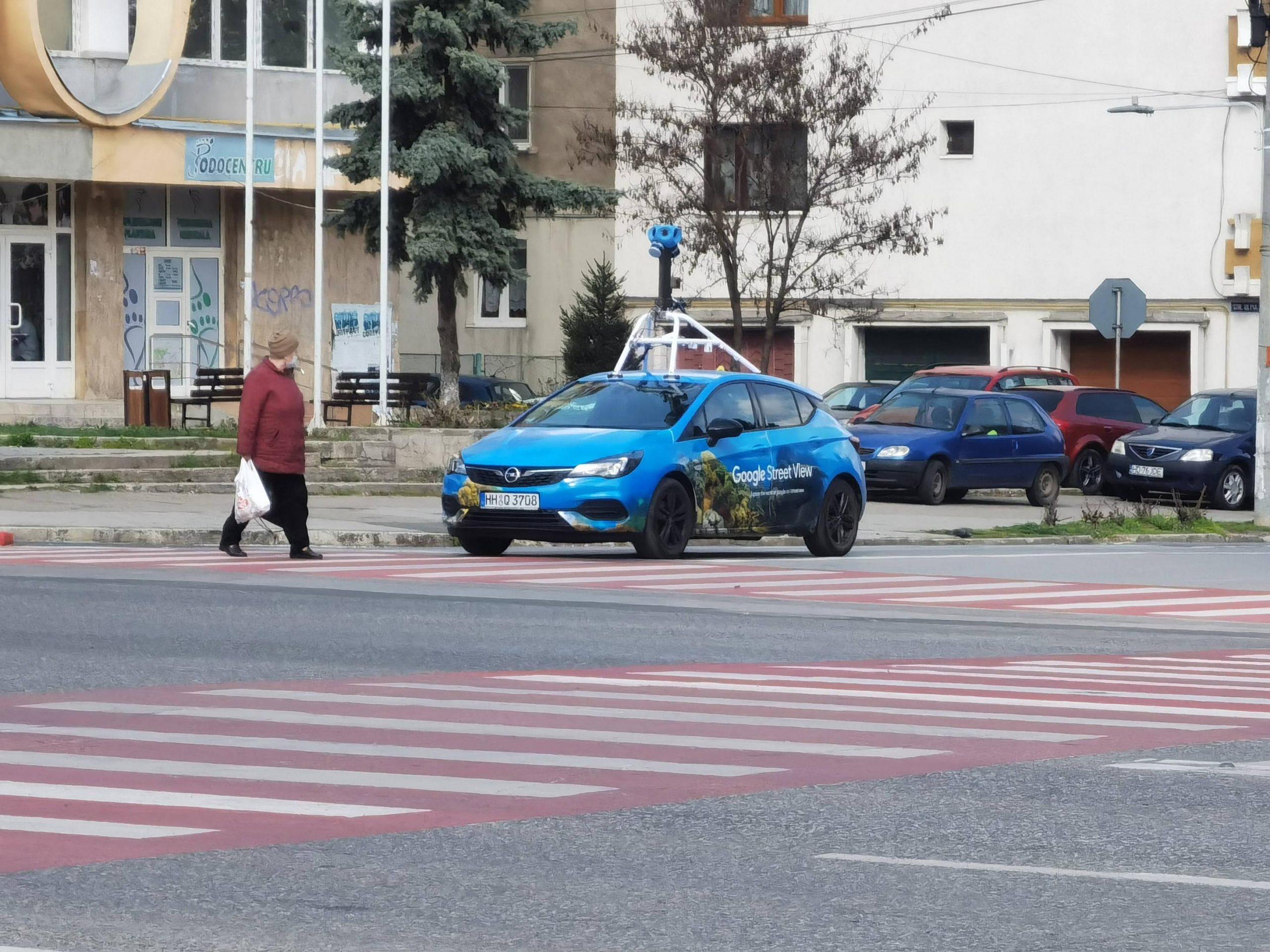 Deva, actualizată pe Street View. Maşina Google, surprinsă în mai multe zone ale oraşului