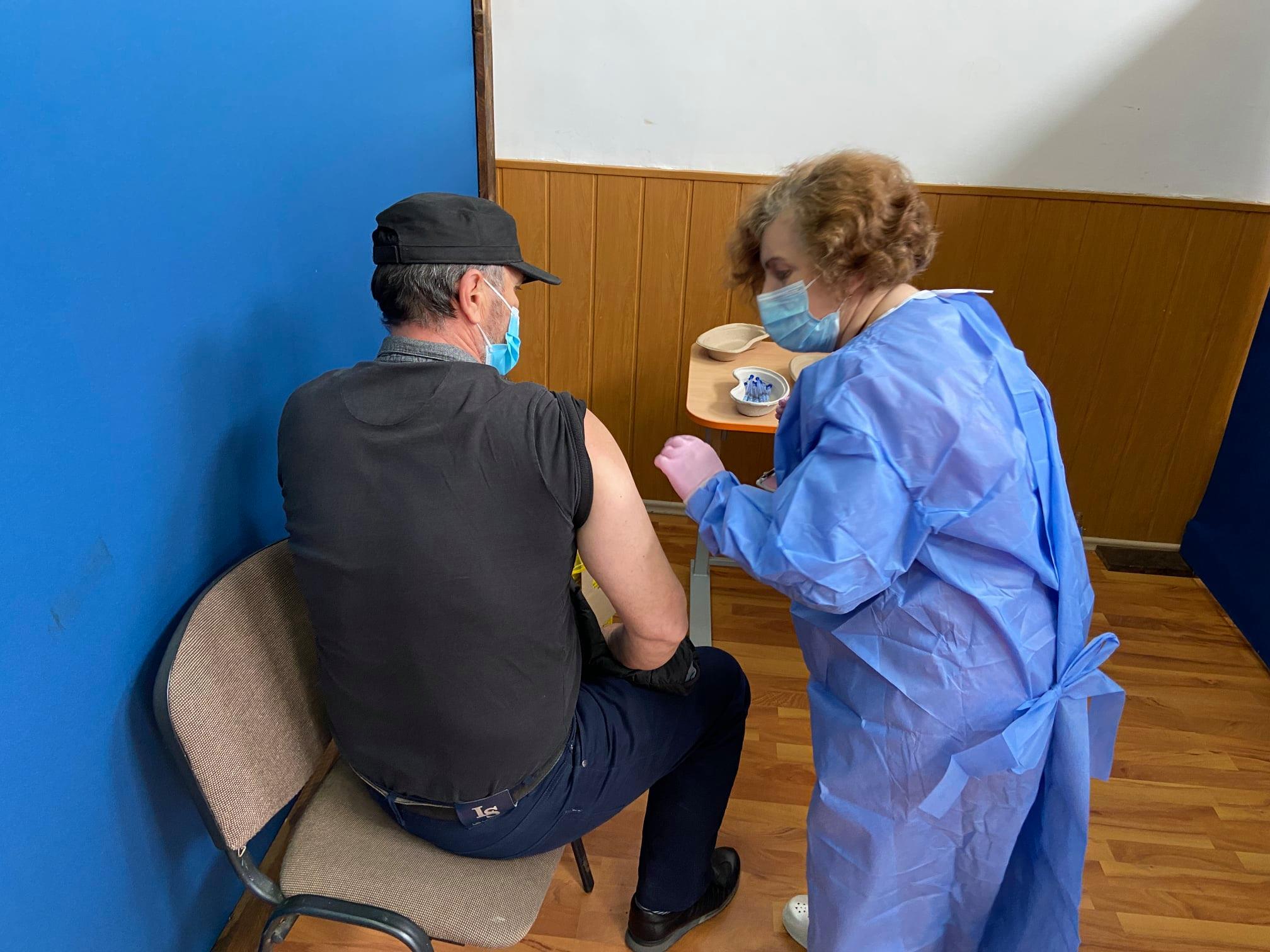 """Centrul de vaccinare de la Centrul Cultural ,,Drăgan Muntean"""" Deva se redeschide mâine"""