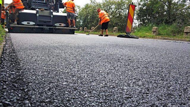 Trafic rutier restricționat, timp de două luni, între Margina și Holdea. Se efectuează lucrări de reparații la drum