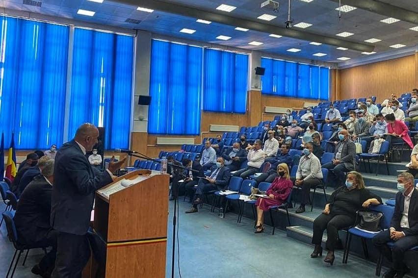 Oportunitățile de finanțare prin viitorul POR, prezentate primarilor din județ
