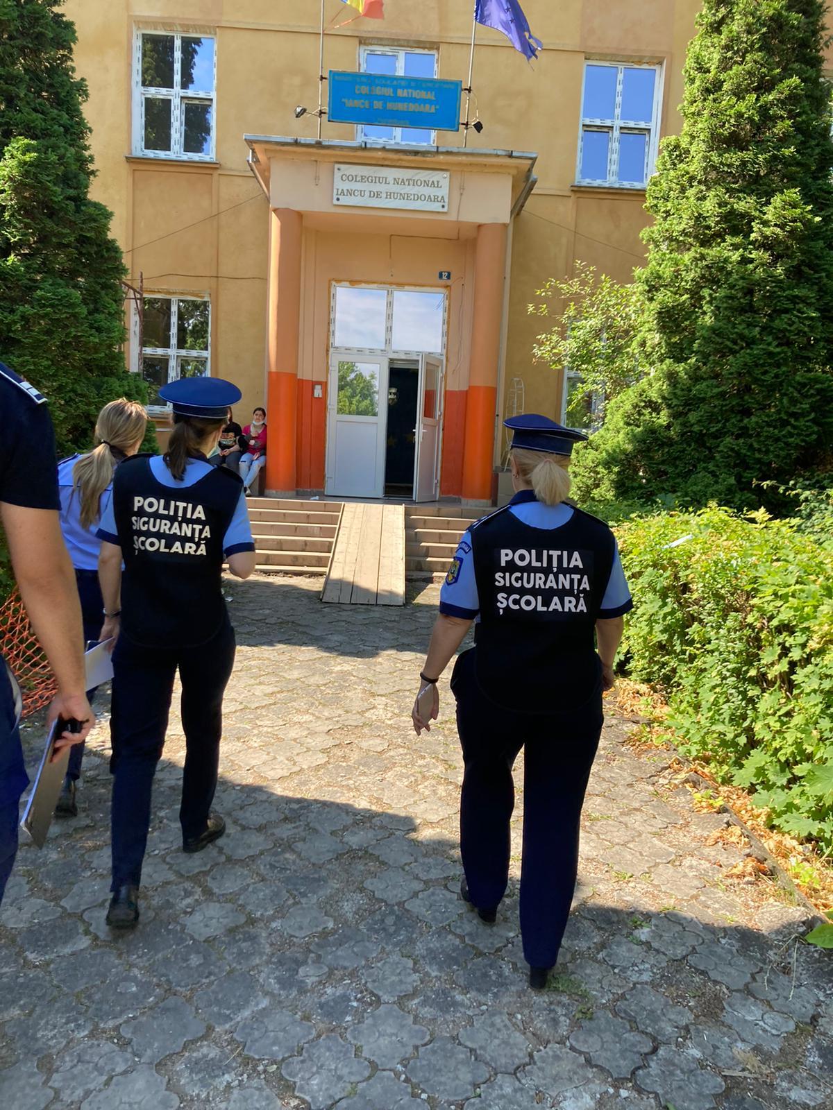 Activităţi de prevenirea a violenţei în şcoli, în șapte unităţi de învățământ din municipiul Hunedoara