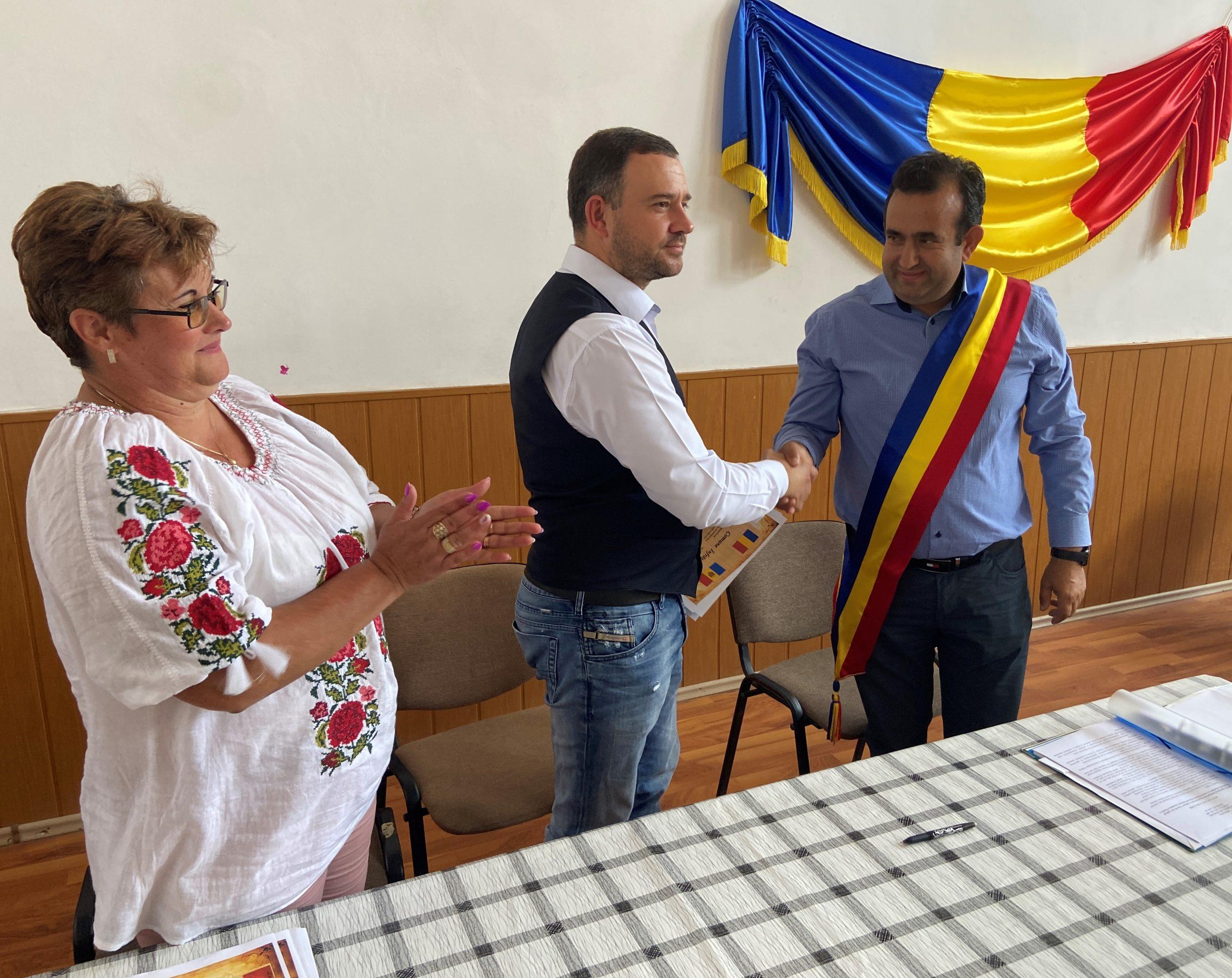 Comuna hunedoreană Vața de Jos s-a înfrățit cu localitatea Rădeni din Republica Moldova