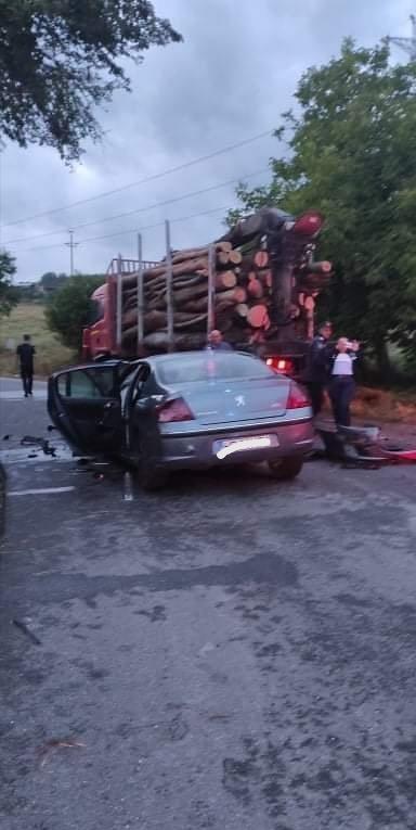 Patru victime, în urma accidentului produs aseară la intrarea în Cărpiniș