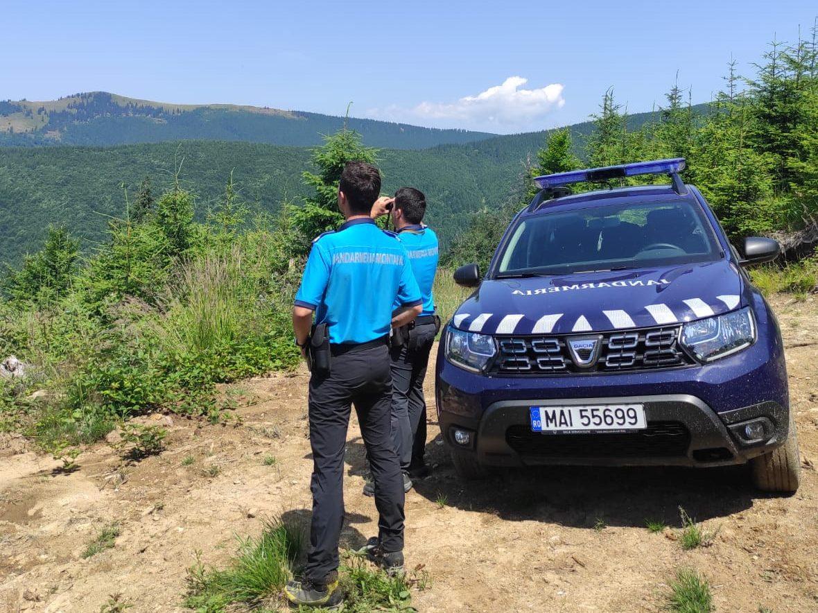 Jandarmii se așteaptă la un aflux de persoane în zonele montane din județ. Recomandări pentru pescari