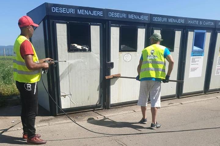 Platformele de precolectare a deșeurilor trebuie dotate cu apă și sisteme de scurgere